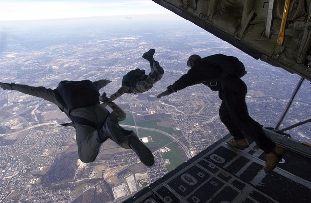 Parachute 704416 640