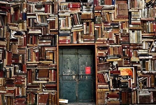 Books 1655783 340