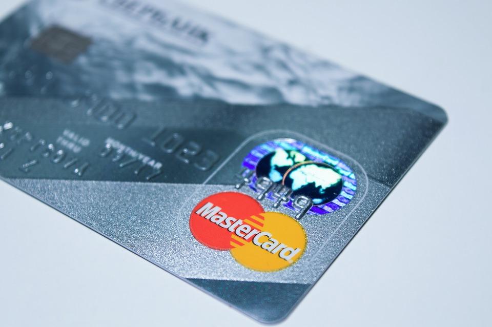 Plastic card 1647376 960 720