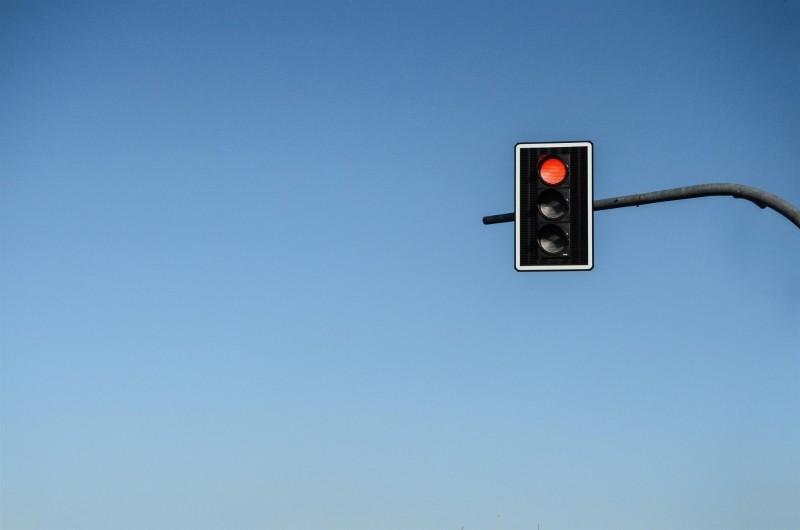 Light red stop street traffic lights