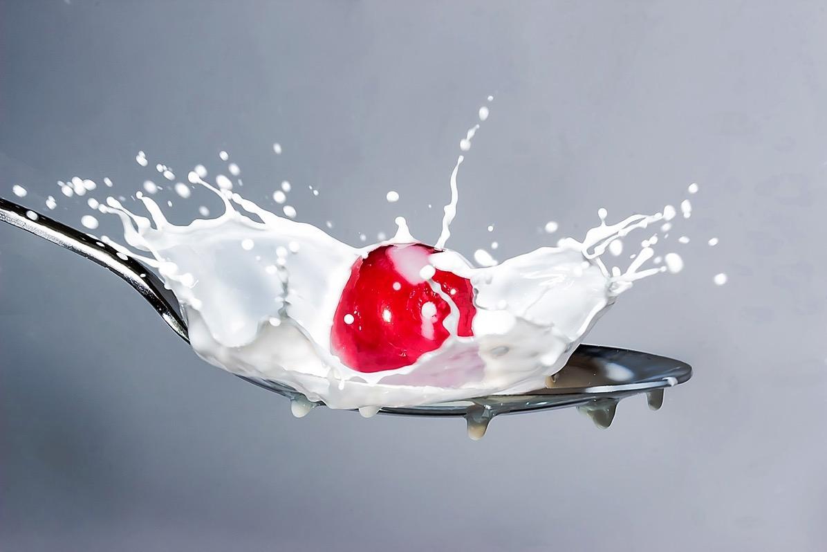 Milk splash 2064088 1280