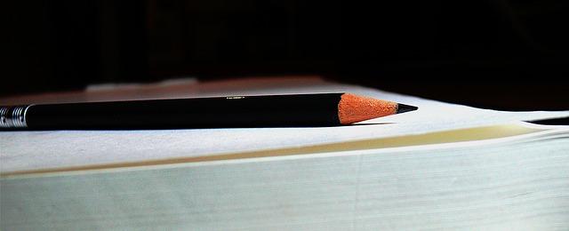 Pencils 2108884 640